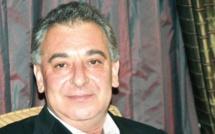 Le scandale continue : Frank Timis vend ses derniers 30% à BP