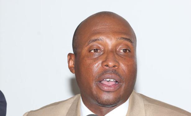 Barthelemy Dias qualifie Serigne Mbaye Thiam de «tapette» et Abdou Diouf d'«irresponsable»