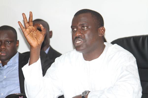 "Moussa Tine: ""Macky Sall m'a supplié de demander à Khalifa Sall de renoncer à sa candidature"""