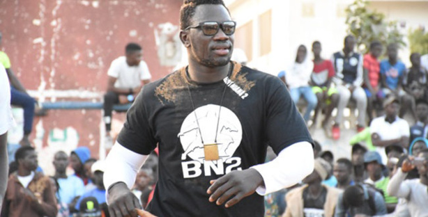 "OPEN PRESS / Boy Niang 2 avertit Sa Thiès : ""La bagarre sera inévitable..."""