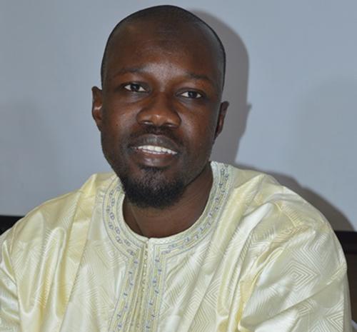 """Sonko : """"Je suis plus talibé de Serigne Touba que Moustapha Cissé Lo"""""""