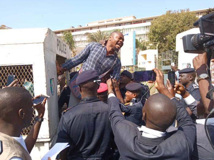 Guy Marius Sagna, Abdourahmane Sow et Babacar Sow arrêtés