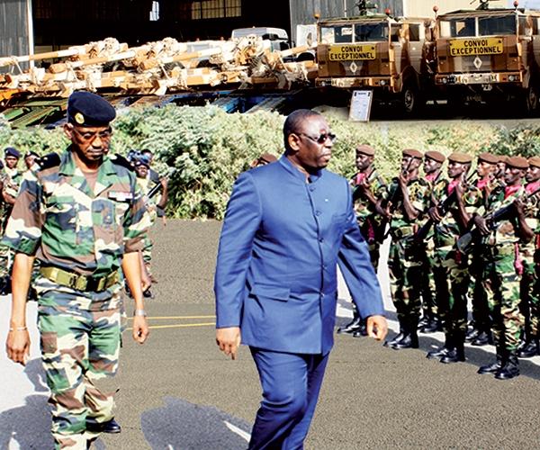 Armée et gendarmerie : militaires du rang, sous-officiers et officiers: L'âge de la retraite officiellement allongé