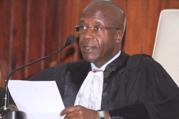 La légalité du président du Conseil constitutionnel remise en question par l'absence d'un décret de nomination