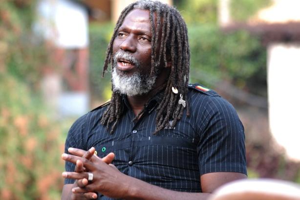 Tiken Jah Fakoly : «Nous allons venir au Sénégal pour barrer la route à Macky Sall s'il se représente pour un 3e mandat»