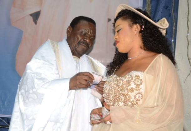 Sokhna Aïda Diallo traîne un «Thiantacône» à la Dic pour menaces de morts