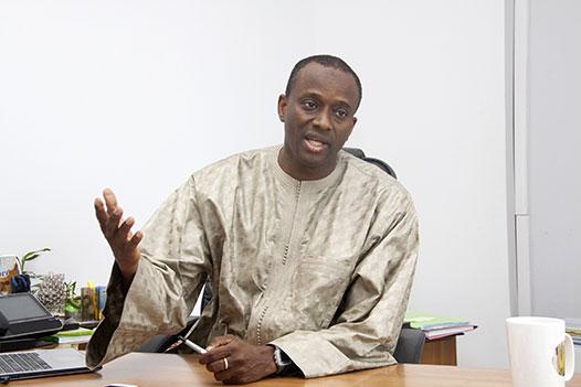 L'Etat réquisitionne tous les stocks de masques et de thermoflashs au Port de Dakar