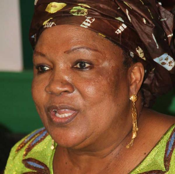 Golf Sud : La mairesse Aïda Sow Diawara file des marchés à son fils