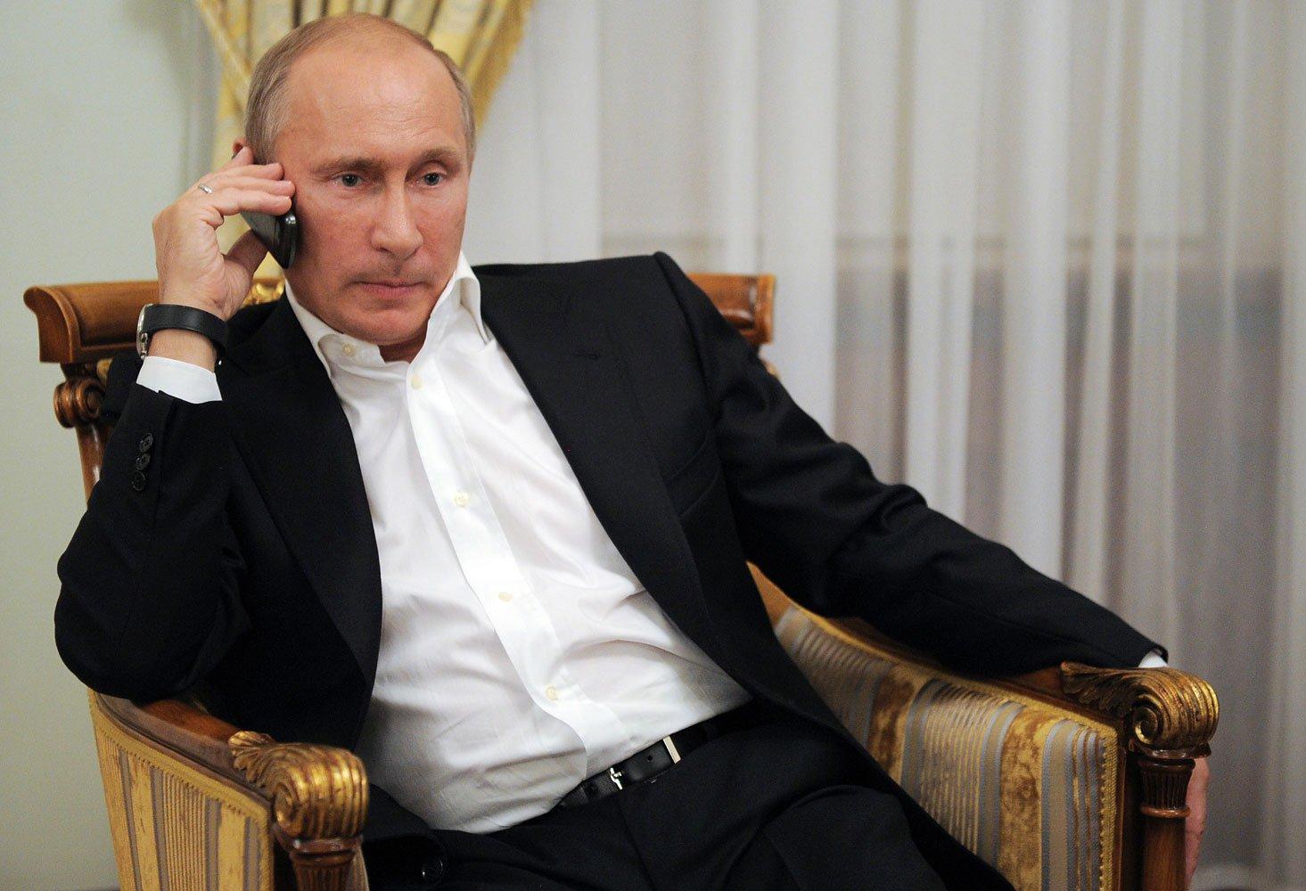 Poutine avoue ne pas avoir de smartphone