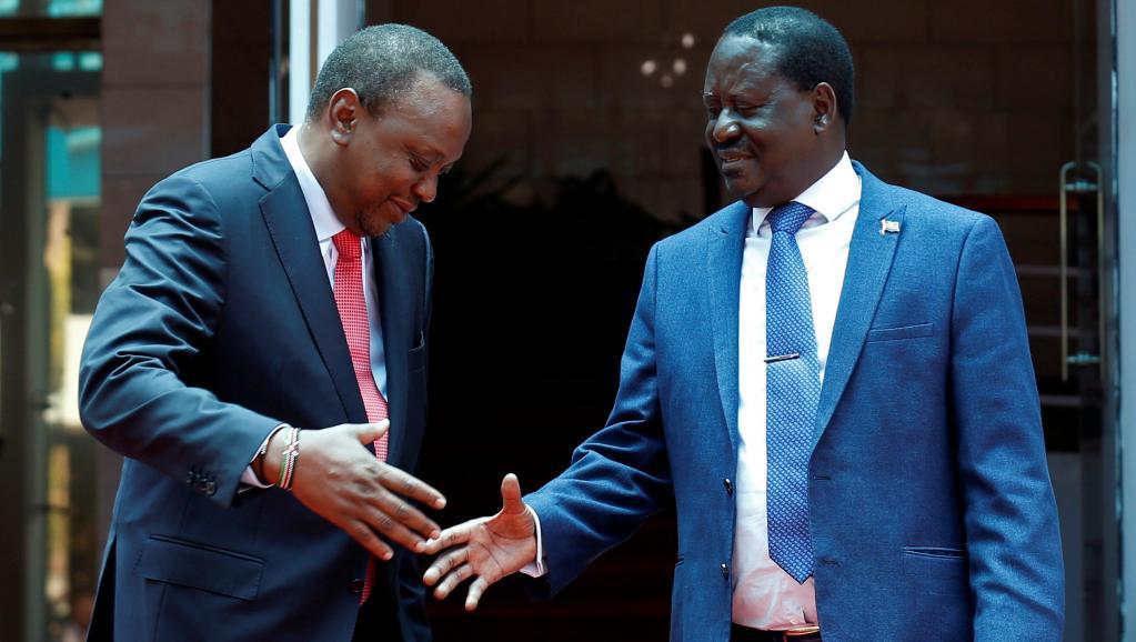 Kenyatta et Odinga se réconcilient pour faire sortir le Kenya de la crise