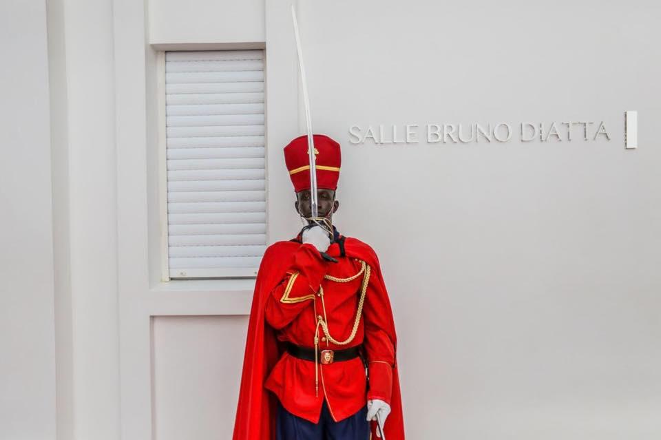 La salle du Conseil des Ministre porte désormais le nom de Bruno Diatta