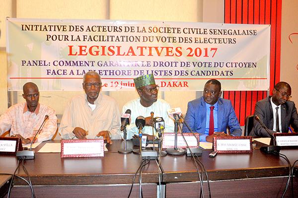 Vérification des parrainages : la société civile dénonce les manquements du Conseil constitutionnel