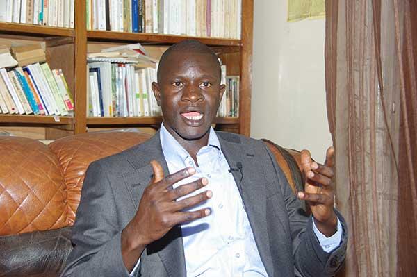 Babacar Diop ajoute : «Nous ne reconnaissons pas Macky Sall comme le président légitime de la République du Sénégal»