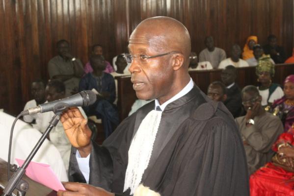 Pape Oumar Sakho tresse des lauriers à Macky et Marème et s'en prend à l'opposition