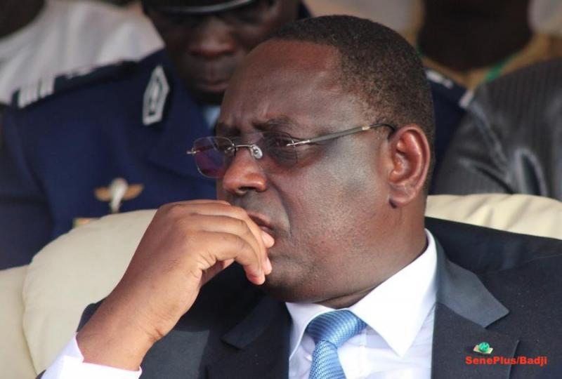 """Vent de rébellion au sein de l'APR : Un mouvement dénommé """"Sénégal debout"""" défie Macky Sall"""