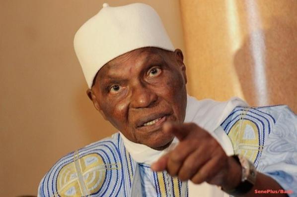 Wade dissout le Sen du PDS et vire Oumar Sarr & Cie