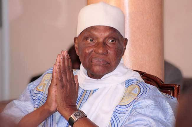 Abdoulaye Wade forme son shadow cabinet : Karim Wade en pole position