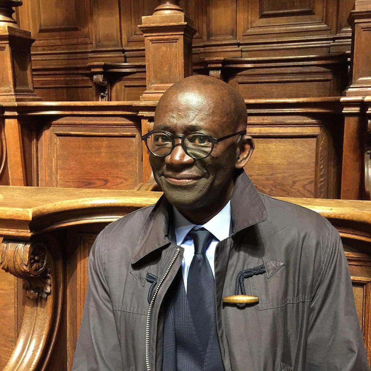 Pr Mamadou Diouf : «Si le Président Macky Sall se présente pour un 3e mandat, l'Afrique de l'ouest va exploser»