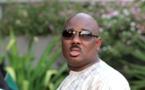 """Le parti d'Abdoul Mbaye qualifie Farba Ngom de """"politicien de petite envergure"""""""