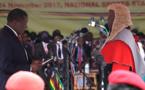 Emmerson Mnangagwa remplace officiellement Mugabe