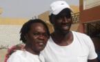 L'acteur Oumar Sy en compagnie de Baaba Maal à Podor