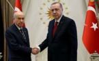 Turquie : Erdogan et l'extrême droite, d'ennemis jurés à alliés stratégiques