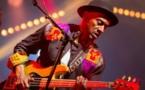 L'un des plus grands bassistes du monde rend hommage à Habib Faye