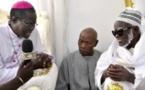 Vidéo : L'archevêque Monseigneur Benjamin Ndiaye rend visite au khalife des mourides