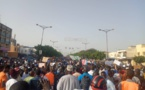 Marche contre la hausse de l'électricité : ÑOO LANK réussit le pari de la mobilisation