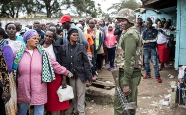 Kenya: elle accouche devant son bureau de vote