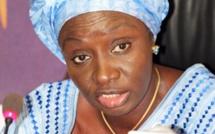 """Aminata Touré à Idrissa Seck : """"C'est totalement irresponsable pour un ancien Premier ministre  de traiter nos forces de sécurité de peureux"""""""