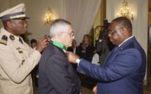 """Robert Bourgi, """"le porteur de valises"""", en pole position dans le cortège du candidat Macky Sall"""